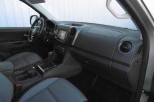 Samochód osobowy volkswagen amarok